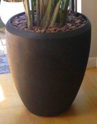 Plantenpot zandsteen V-vormig antraciet
